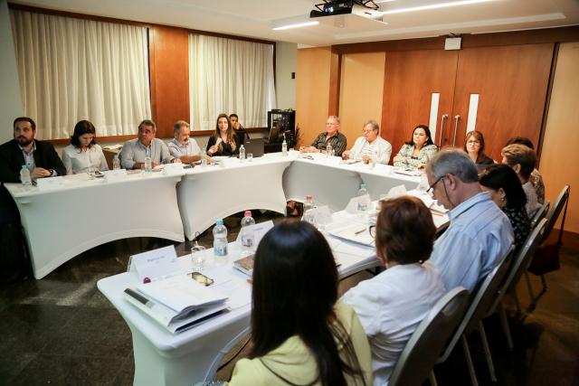 Consultora do Senac Ceará apresenta resultados dos Planos Diretores de Beleza e Moda na Reunião do Núcleo Nordeste
