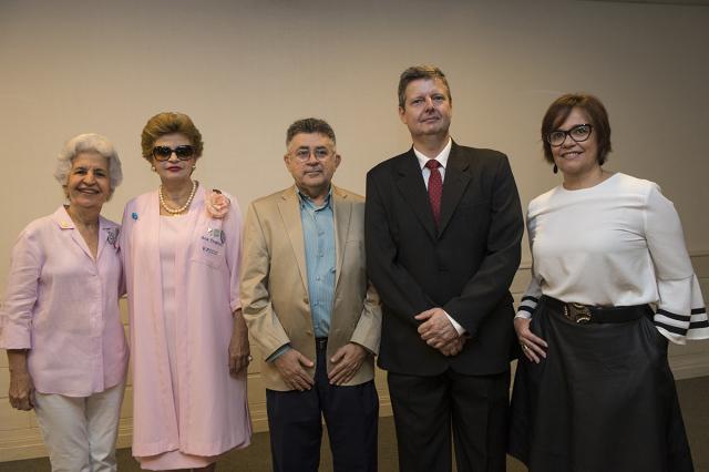 Diretora Regional do Senac Ceará recebe certificado de homenagem do ICC
